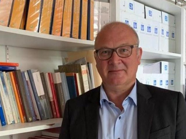 Maitre Bernard Dapsens